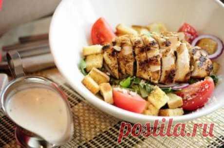 Салат Цезарь - рецепт приготовления салата с куриным филе | Смачно Как приготовить салат Цезарь с куриным филе - пошаговый рецепт приготовления любимого салата на Смачно