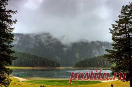 Черное озеро: захватывающие дух пейзажи (Черногория)