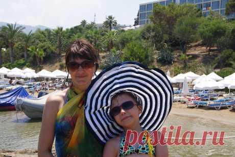 С мамой на Кипре