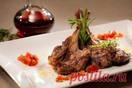 Бараньи ребрышки на гриле: праздничное блюдо, которое легко приготовить дома