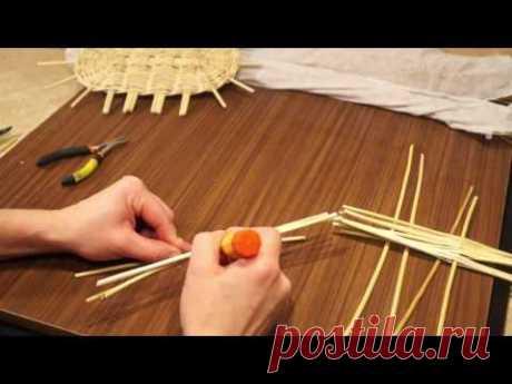 Русская ива. 13 урок. Плетение овального донышка. - YouTube