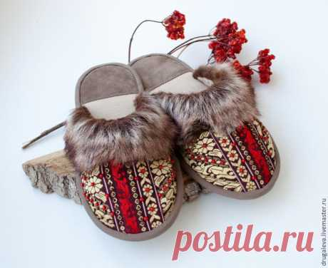 We sew cozy house-shoes in the Russian Sudarushka style