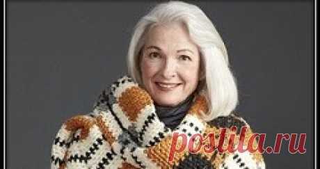 Красивый широкий шарф - палантин крючком со схемой и описанием вязания