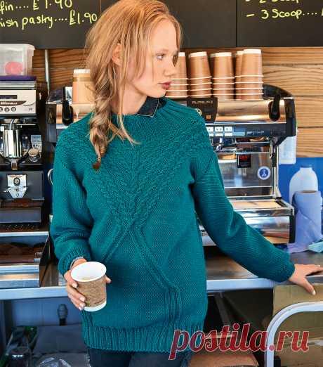Пуловер с кокеткой из кос вязаный спицами - Портал рукоделия и моды