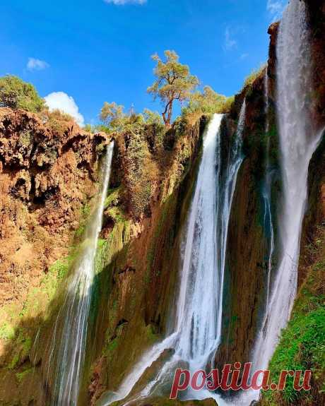Admire one of Morocco's natural wonders on a day trip to the Ouzoud Falls from Marrakech. Travel into the Atlas Mountains by and air-conditioned vehicle, and witness the stunning, 360-foot (110-meter) waterfalls as they plunge down rugged cliffs