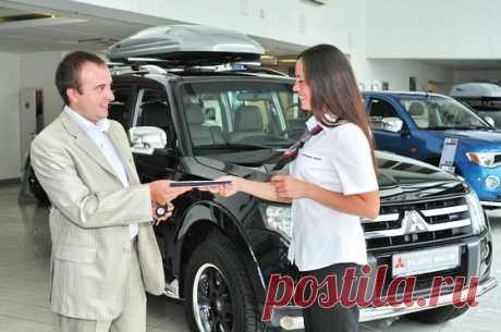 Как составить договор купли-продажи автомобиля Сделки с машинами часто происходят с нарушением действующего законодательства, в результате чего покупатель может одновременно лишиться машины и денег. Необходимо соблюдать все нюансы сделки…
