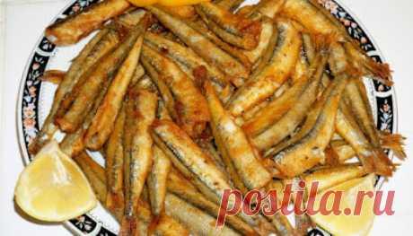 ВКУСНАЯ БЕСЕДКА: Дрібна рибка в духовці: пальчики оближеш