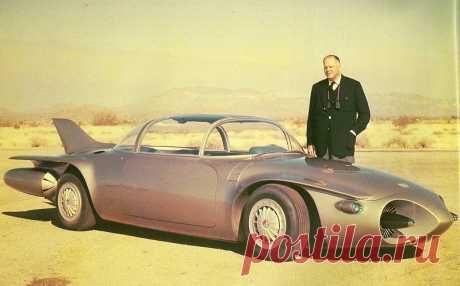 """Огненная птичка. Концепт-кар """"GM Firebird II"""" """"Firebird II"""" был создан конструктором Харди Эрлом в 1956-м году. В том же году автомобиль был представлен на выставке """"Моторам"""" и стал её """"изюминкой"""" благодаря своему характерному дизайну.  Автор про…"""