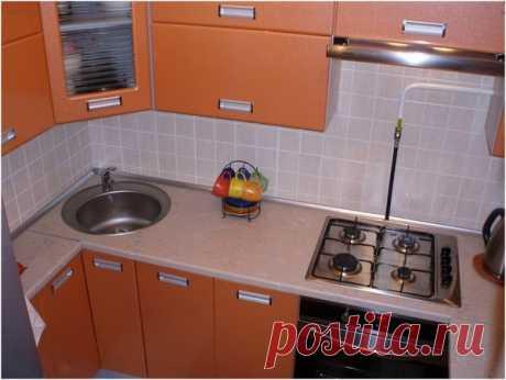 Продуманная планировка кухни в хрущевке. 12 шкафов для хранения и рабочая зона — 80 см! Холодильник на кухне. | Какую кухню купить? | Яндекс Дзен