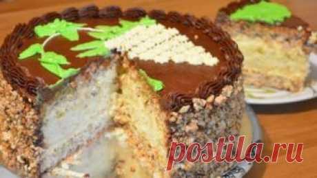 Киевский торт по старинному семейному рецепту  На такой тортик приходит в гости пол семьи!    Ингредиенты Тесто:  400 г муки 250 г маргарина или сливочного масла 150 г сахара 1 пачка разрыхлителя ( я брала 2 ч.л) 3 желтка 3 ст.л сметаны 3 стакана…