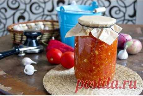 Проверенный годами и поколениями рецепт аджики с яблоками