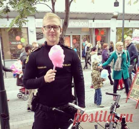 Самая няшная полиция в Исландии: видимо, в Рейкьявике все совсем спокойно | Соло-путешествия | Яндекс Дзен