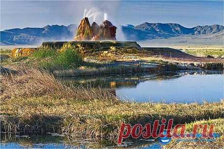 Фото необычайно красивого гейзера в Неваде
