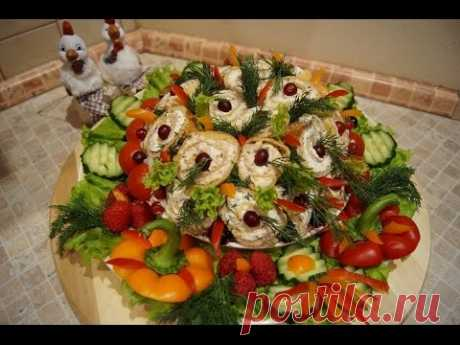 NEW YEAR'S SALAD\/\/THE FLOWER BED\/\/SPECIALTY SALAD FROM ELENA,