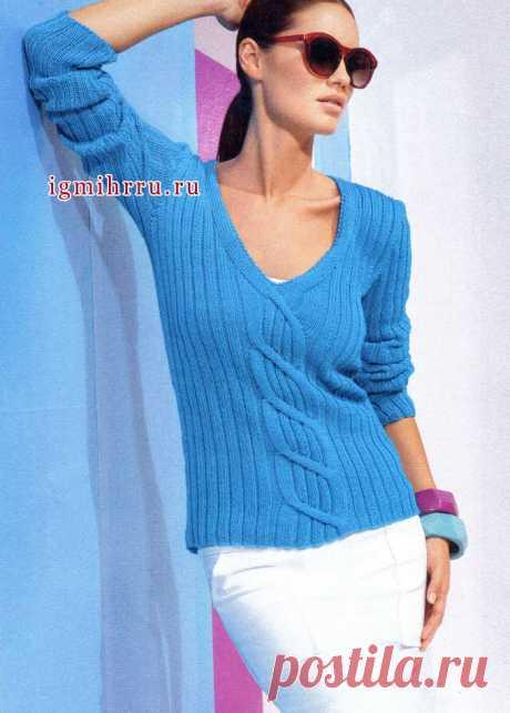 Стильный бирюзово-голубой джемпер с V-образным вырезом и центральной косой