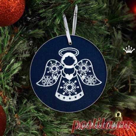 Новогодний Ангел с сердечком Дизайн Машинной Вышивки