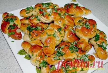 Закусочные булочки узелки