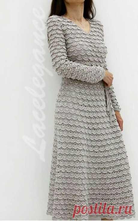 Платье с запАхом связано крючком из 1.2кг шелка Alhena от Filati Buratti, подкладка - шелковый сатин.