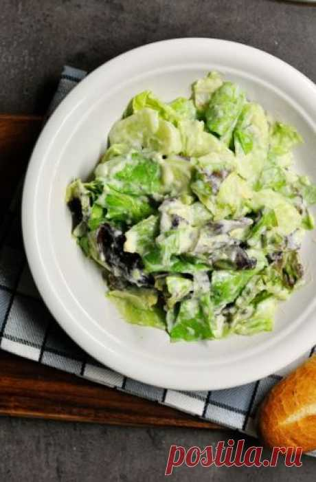 Проект 50 салатов, 36/50 - зеленый салат с заправкой из авокадо Времени катастрофически не хватает. Состояние такое, что впору хвататься за голову и начинать паниковать:) Но поскольку делу это не поможет и часов в сутках не прибавит, вариант как реальный, рассматриваться не может. Но наверное это особенность осени. Ведь если летом еще можешь позволить себе…