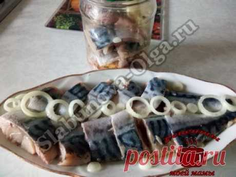 Скумбрия маринованная с клюквой. Рецепт. Фото