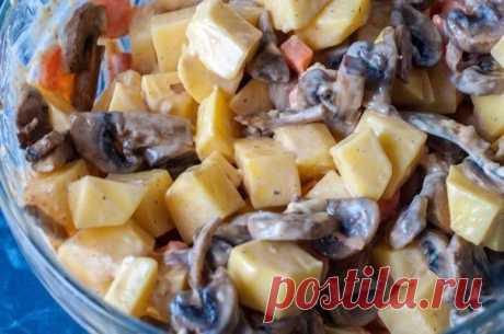 Прекрасный ужин: Запеченная картошечка с грибами и сметаной
