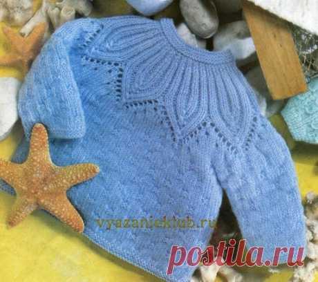 Голубой пуловер с круглой кокеткой Связали, поделитесь отзывом в комментариях #пуловер_детский@knit_best, #пуловер_спицами@knit_best  Размеры: 50-56 и 62-68 Показать полностью...