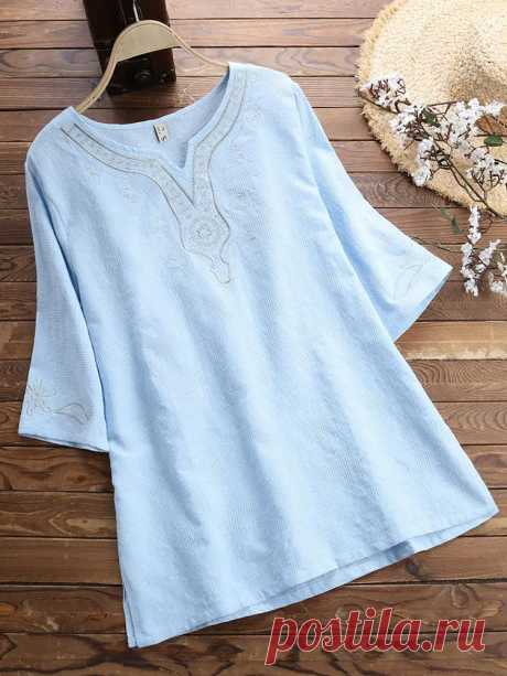 Women Loose Embroidered Short Sleeved T-Shirts - US$21.99