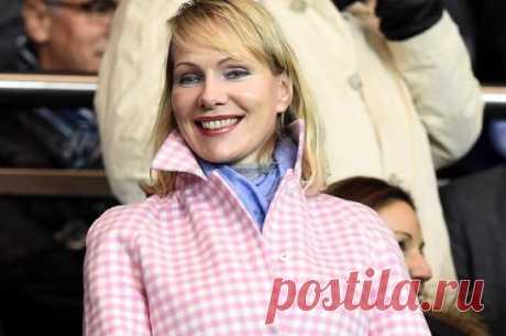 Миллиардерша из питерских трущоб: самая богатая в мире россиянка «рулит» успешным бизнесом, родила в 54 года и переписала свою биографию