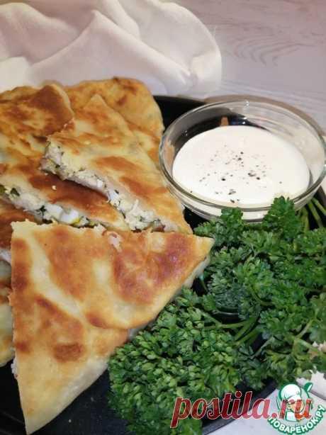 Лепешки с курицей и зелёным луком – кулинарный рецепт