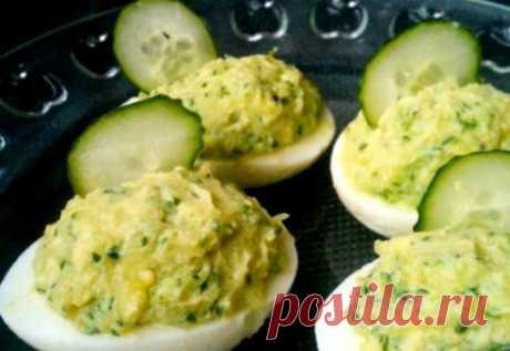 Яйца, фаршированные свежими огурцами | Краше Всех