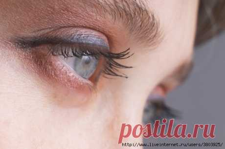 Отслоение сетчатки глаза: эффективное домашнее лечение без операции