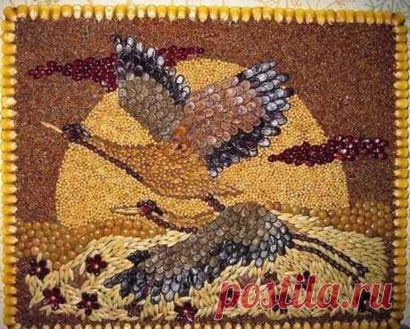 Los cuadros mosáicos de los granos, las semillas, las especias y el café.