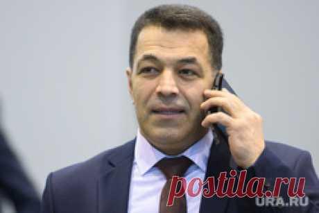 Свердловским чиновникам перед Новым годом запретили брать подарки