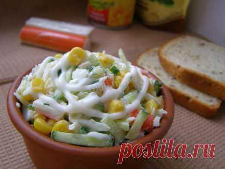 Салат крабовые палочки кукуруза огурец рецепт с фото пошагово - 1000.menu