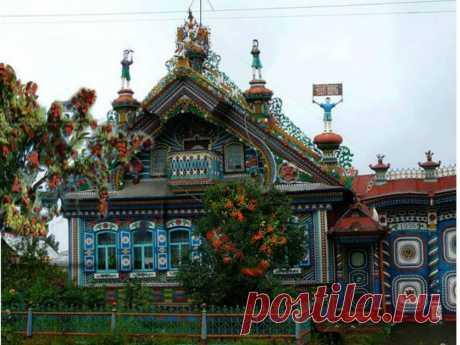 Уникальные деревянные дома украшенные резьбой — Наши дома