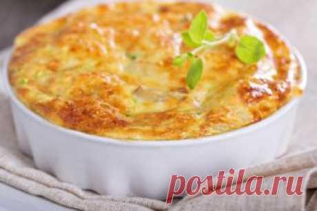 Кабачковое суфле под грибным соусом Это блюдо очень нежное и оригинальное - для настоящих гурманов.