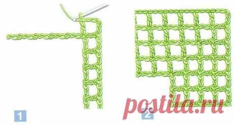 Вяжем крючком углы в технике филейное вязание Автор: Елена Мишеева Углы в филейном вязании подходят для отделки скатертей, простыней, наволочек, салфеток. Отделочное кружево может выполняться по кругу. При вязании по одной из сторон изделия угол нужно предусмотреть с первого ряда вязания. Вывязывание угла заполненными и пустыми клетками по кругу 1. Угол, выполненный пустыми клетками: наберите цепочку из воздушных петель необходимой длины и отметьте точки, соответствующие у...