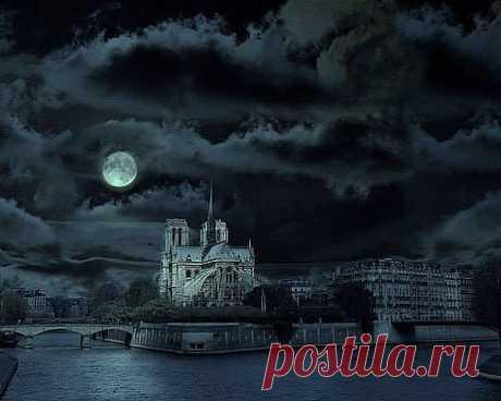 собор Парижской Богоматери ночью