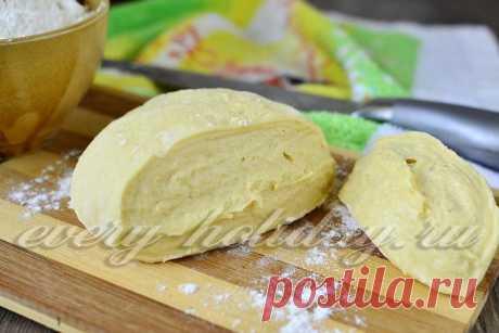 Тесто на кефире для пирожков без дрожжей, пошаговый рецепт