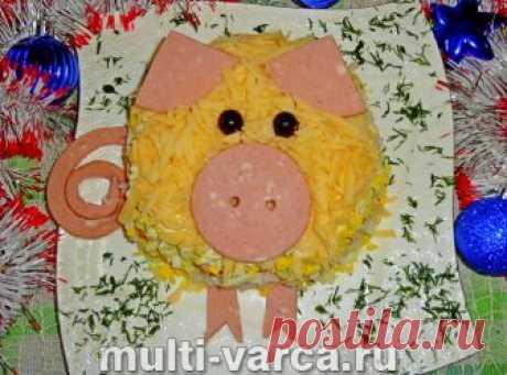Салат с рисом, яйцом и колбасой