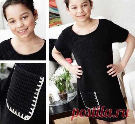 Маленькое черное платье должно быть не только у мамы, но и у дочки! Элегантное маленькое черное платье немного приталенного силуэта – отличный вариант и для торжественных событий, и для вечеринок с друзьями.