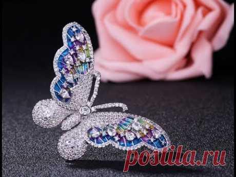 Бабочка несомненно, самый популярный ювелирный дизайн, так любимый женщинами, это бабочка вместе с цветами. И этот выбор не случайный, а подсознательный, поэ...