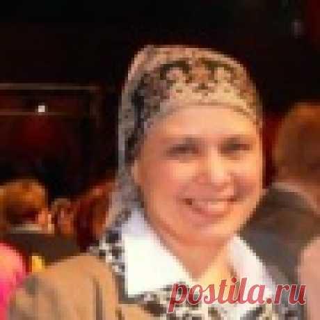 Лира Семанова