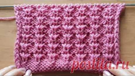 Узор спицами для женского свитера или детской кофточки.