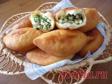 I will prepare next Saturday: Puff egg and green onions pies