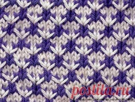 """Пуловер двухцветным узором """"звездочки""""спицами. Saltaire by Amanda Crawford."""
