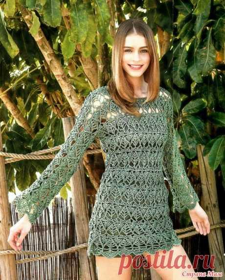 Лето в кружевах. Темно-зеленый ажурный пуловер. Ажурный пуловер цвета свежей листвы смотрится нежно женственно сексуально.Настоящая драгоценность в вашем гардеробе! Вязание ваше хобби №8 2019.