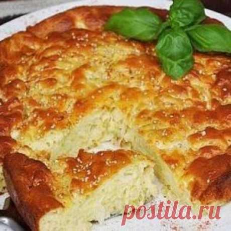 El pastel de col para perezoso: ¡más tierno testo y vkusneyshaya el relleno!
