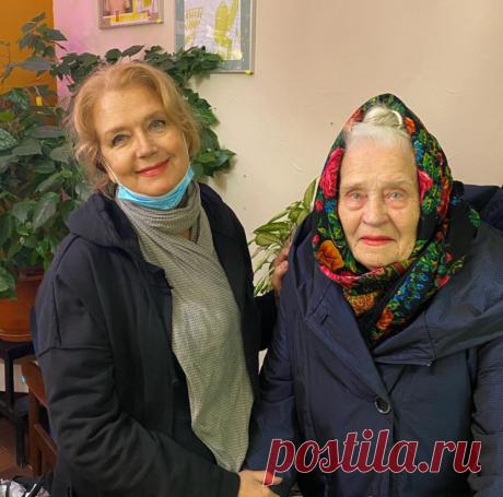 Ирина Алферова с мамой, ветераном войны Ксенией АрхиповнойОчень нравится их семья!