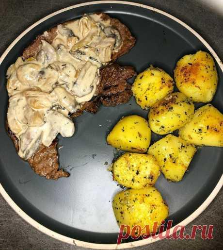 Шампиньоны — грибы с самым слабым вкусом (и дешевые). Рассказываю, как я придаю им вкус дорогих белых грибов | Соль | Перец | Яндекс Дзен